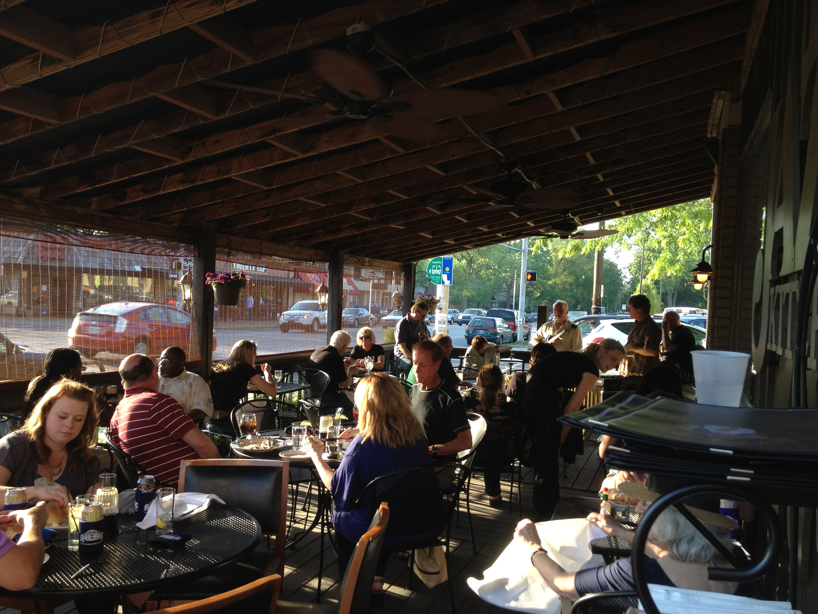 a full house for tuesday night jazz and shrimp boil - Jazz Kitchen Indianapolis